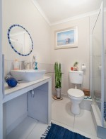 8 Tips for Organizing Your Bathroom (Without a Drill)